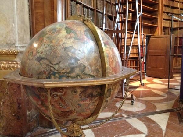 Globus Nationalbibliothek